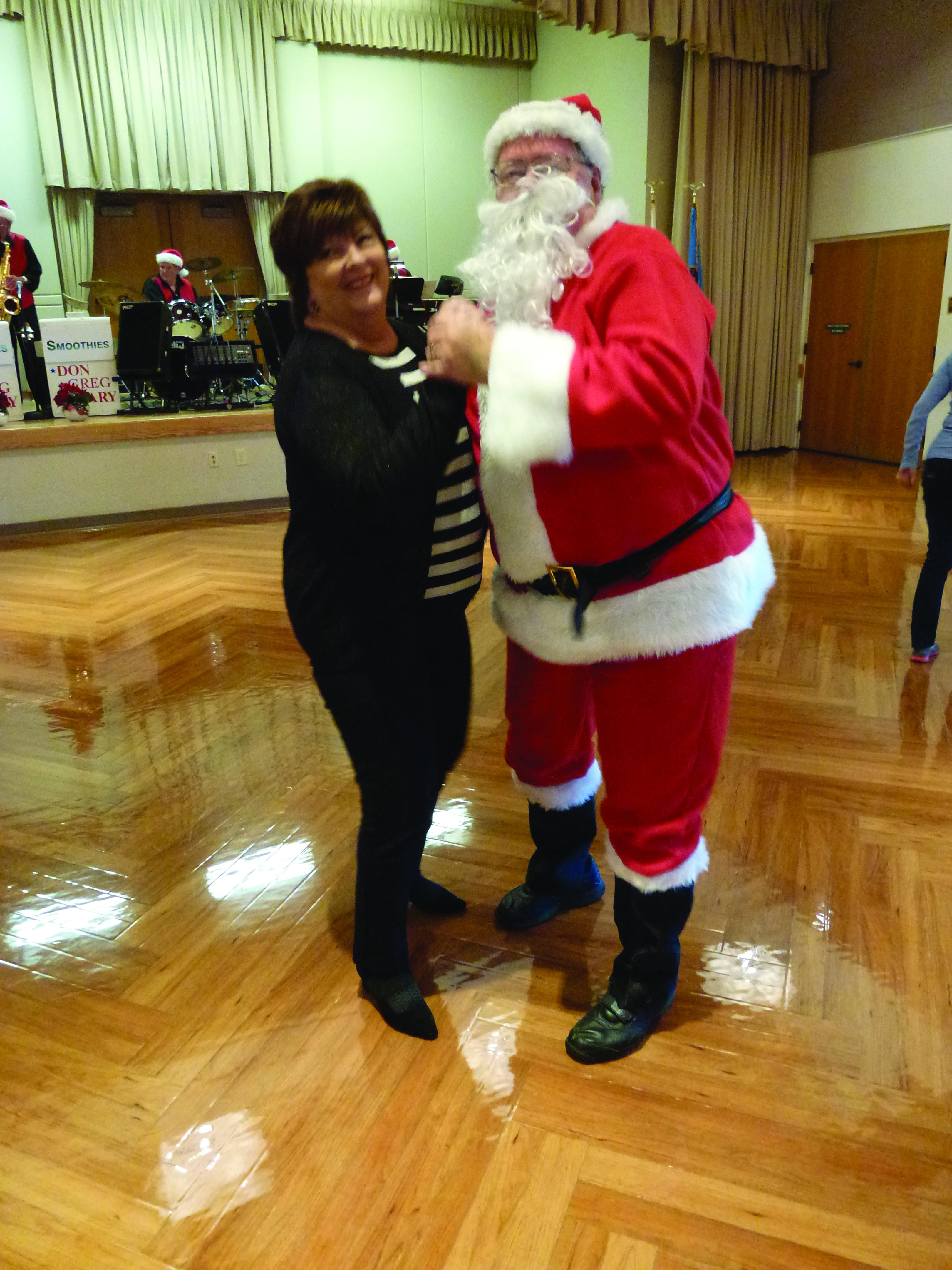 santa-and-real-wife-dancing-cymk